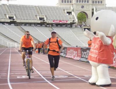 06/07/2009 - Alex arriba a l'Estadi Olímpic de Montjuïc (31 jornades i 2010 quilòmetres)