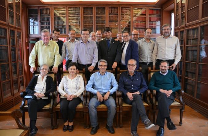 Foto dels participants a la tertúlia